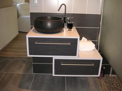Agencement sur mesure pour salle de bains à Réaumont (38)